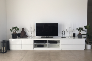 TV Lowboard nach Maß in Weiß