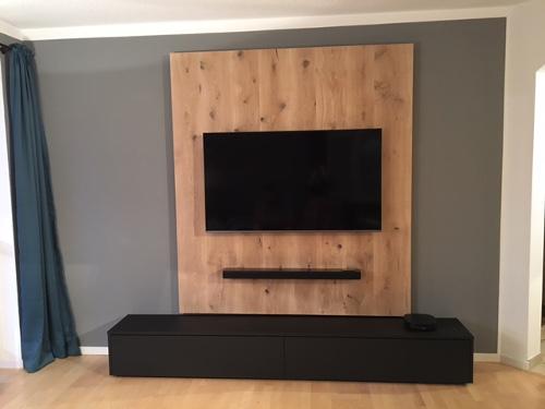 Lowboard in schwarz nach Maß gefertigt