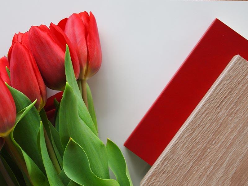 dekore und tulpen
