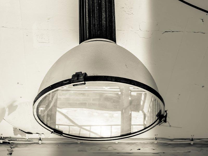Fabrik Lampe
