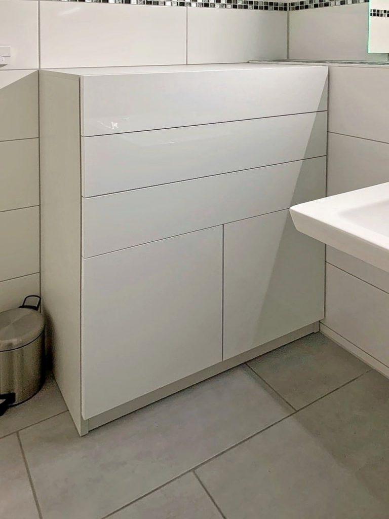 maßkommode badezimmer