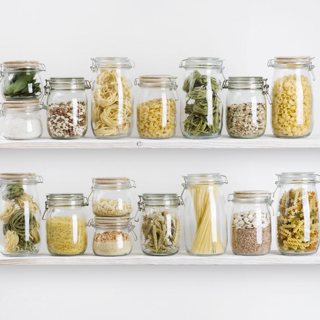 Lebensmittel im Schrank anordnern, The Home Edit