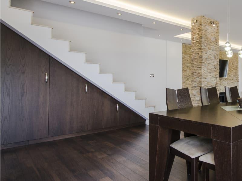 einbauschrank-treppe-stauraum