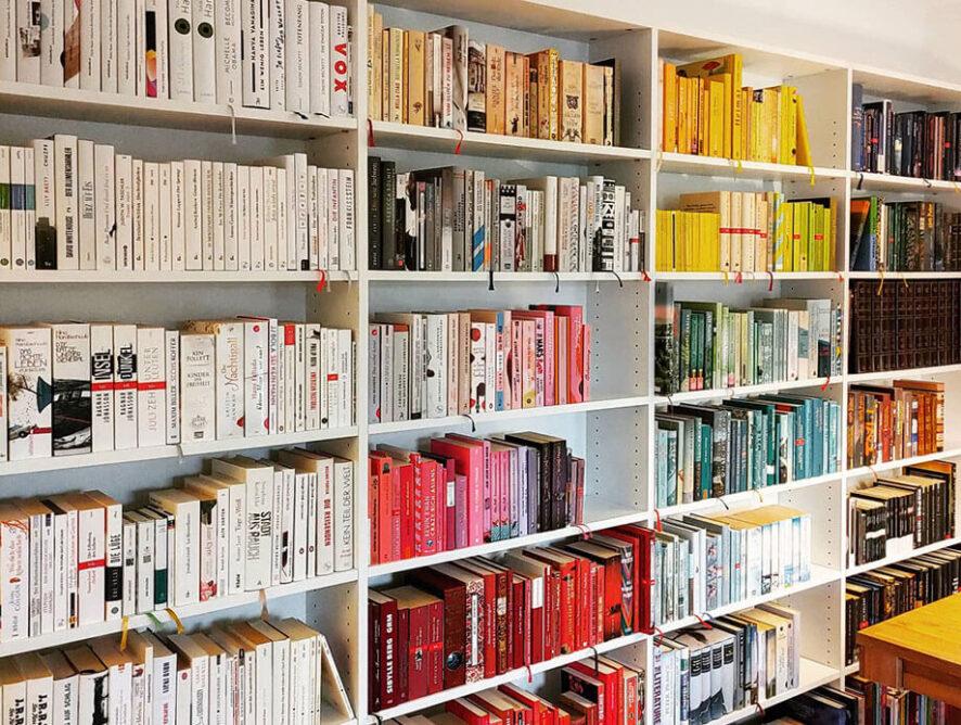 """""""The Home Edit"""": Organisieren in Regenbogenfarben"""